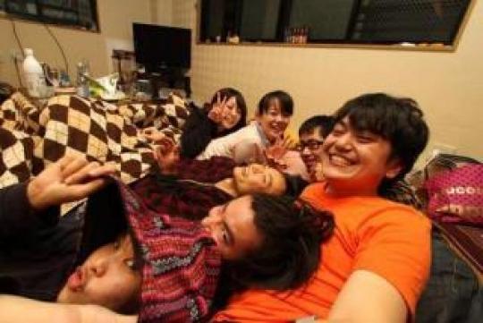 シェアメイト - ものづくり系シェアハウス・渋谷モクモクハブ} - ルームシェアルームメイト