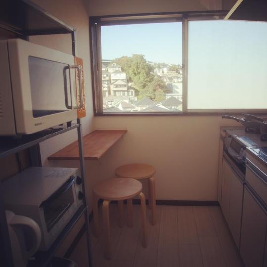 キッチン - 【女性限定】横浜から電車で9分!完全個室テレビ付き女性限定シェアハウス} - ルームシェアルームメイト