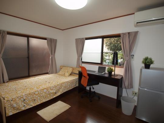 個室 - 【立川市】初月家賃¥12,000〜即入居可能!広々6畳完全個室(3ヶ月以上ご契約の場合適応)} - ルームシェアルームメイト