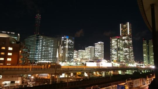眺望 - 横浜駅•みなとみらい徒歩圏内!充実家電!} - ルームシェアルームメイト