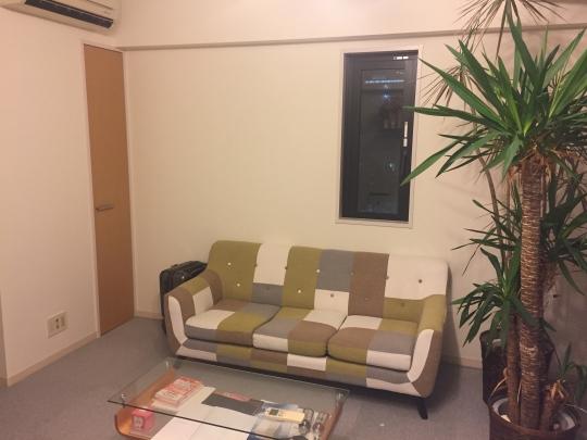 応接室 - らせん階段のおしゃれなメゾネットタイプ♪ TBS裏のオフィス 40,000円~} - ルームシェアルームメイト