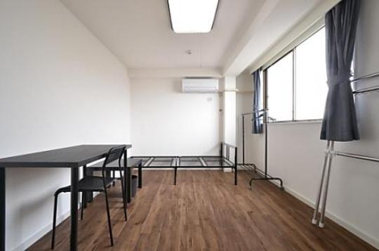 個室 - Space green Aikawa 駅から1分!家賃38,000円~} - ルームシェアルームメイト