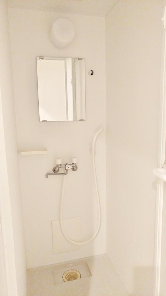 シャワー - ⭐️【築浅シェアハウス】⭐️ステップクラウド大森} - ルームシェアルームメイト