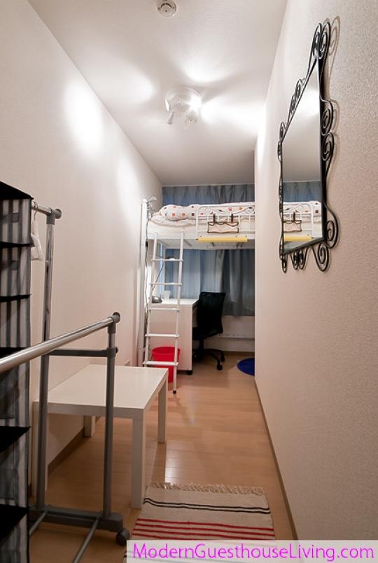 個室 - ★モダンリビング北新宿★JR大久保駅より徒歩5分☆とても綺麗なゲストハウス} - ルームシェアルームメイト