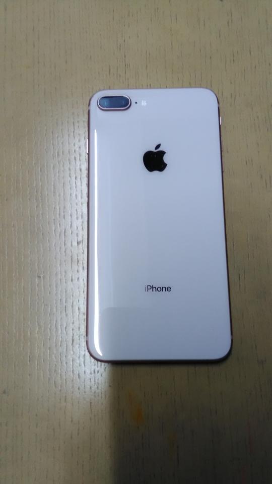 本体 - iPhone8plus256GB 新品未使用品} - ルームシェアルームメイト