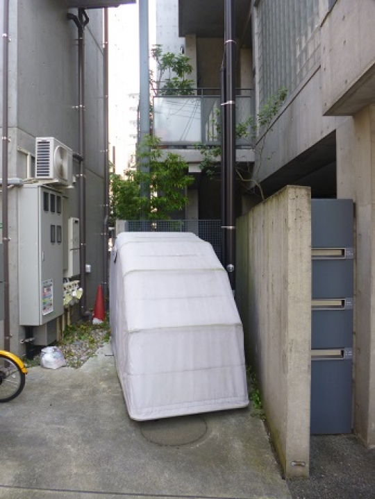 駐車スペース - 練馬バイクパーク:株式会社リポイント} - ルームシェアルームメイト