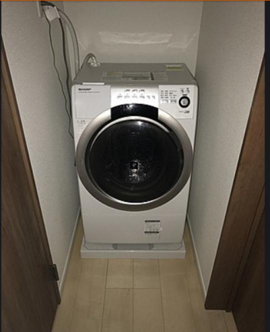 キッチン - Woman only - Private room 女性専用個室です。ドラム式洗濯機} - ルームシェアルームメイト