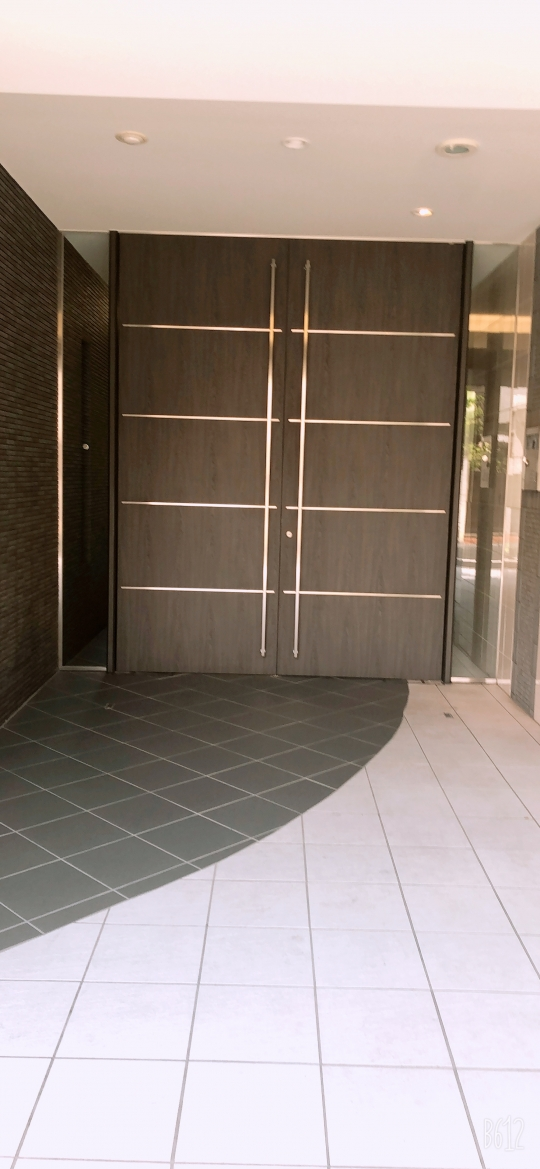 建物 - 1K 独立洗面台、浴室乾燥付き 即日に入居可} - ルームシェアルームメイト